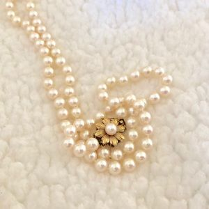 """Gorgeous pearl strand necklace 26"""""""
